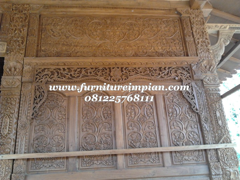 dinding mushola kayu jati full ukiran