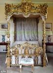 Kamar Tidur Impian Istana Emas Terbaru