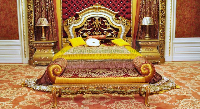 Kamar Tidur Mewah Ukir Ogoh Ogoh