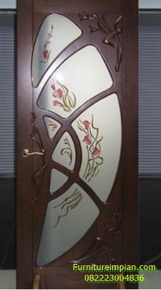 Pintu kamar model kaca kupu kupu