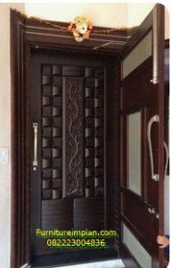 Pintu utama kombinasi dua pintu
